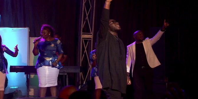 We Bow (feat. Freke Umoh) [Live] - Boomplay