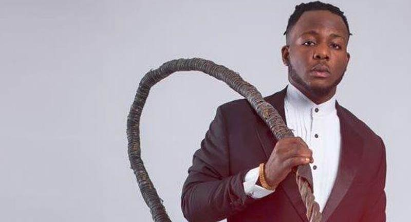 Indigenous Rapper, Zoro Narrowly Escapes Gun Shot By SARS Operative - Boomplay