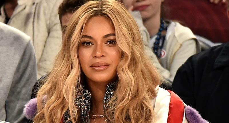 Beyonce In Long Dress Speculates She's Pregnant - Boomplay
