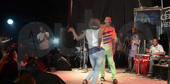 Fan Offers Nomoreloss Her Boobs At Afropolitan Vibe Show - Boomplay
