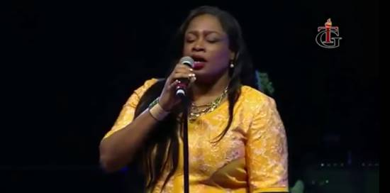 Sinach Ministering in USA 2016 (Part 1)  - Boomplay