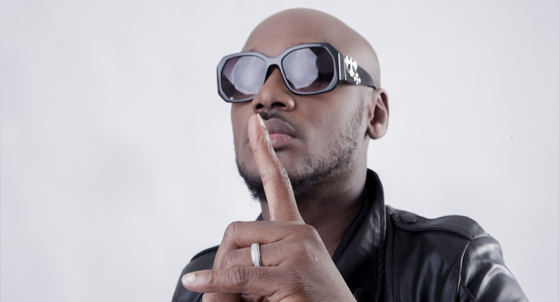 ''Don't be embarrassing God everywhere ''-- Singer, 2face Idibia Slams Pastors And Imams
