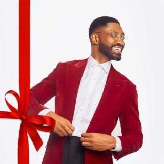 Love, & Christmas - Boomplay